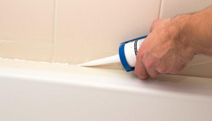 Kā pareizi ieklāt silikona šuvi dušas kabīnē vai vannā