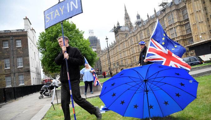 ES pagarina 'Brexit' termiņu līdz 31. janvārim