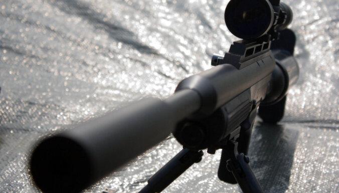 В Латвии разрешили использовать оружие с глушителем