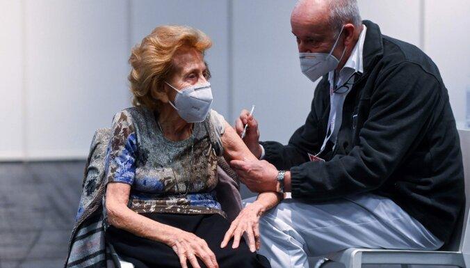 Covid-19: Vakcīnai pieteikušies 24 000 cilvēku vecumā virs 60 gadiem
