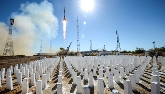 'Sojuz' avarēja piropatronas ķibeles dēļ, ziņo avoti