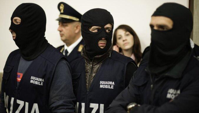 Itālijā apcietināts Neapoles mafijas boss