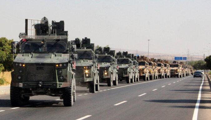 Turcija sākusi operāciju pret kurdu kaujiniekiem Sīrijā