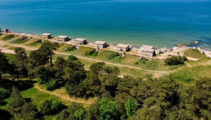 Морской берег в Военном городке Лиепаи опасен: под обвалом уже погиб ребенок