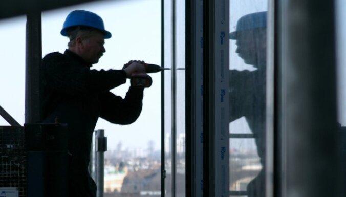 За год постоянную работу нашли 97 166 безработных