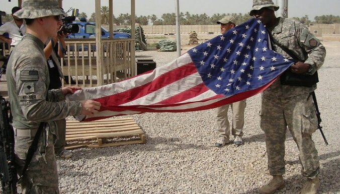 ASV atstāj aviobāzi Pakistānā
