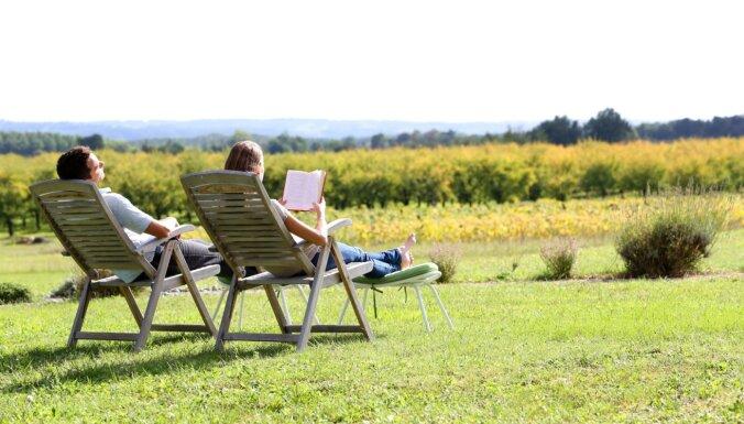 Vecākiem 'jāuzlādē baterijas' jeb kā kvalitatīvi atpūsties atvaļinājumā