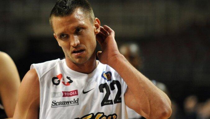 Баскетболист Шкеле просит признать себя банкротом