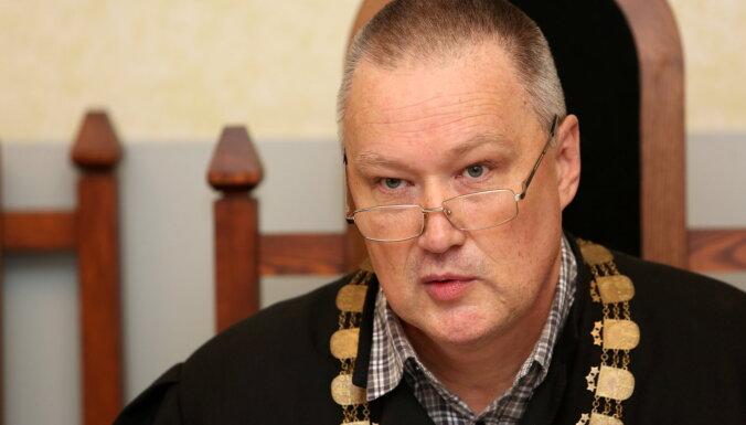 Magoņa lietas tiesnesis saņēmis rājienu un negatīvu novērtējumu