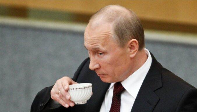 Mediji: Putins devies uz Kijevu tikties ar Porošenko
