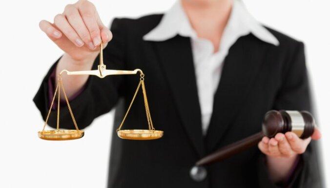 Arī Administratīvo tiesu tiesneši aicina Tieslietu padomi rīkoties, lai izvērtētu 'ceļojošo firmu' maksātnespējas lietas