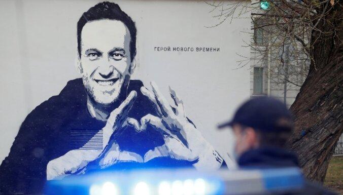 Журнал Time включил Навального в список 100 самых влиятельных людей мира. Путин туда не попал