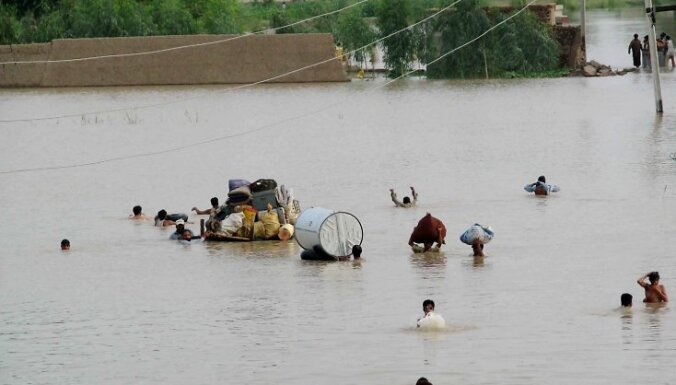 Пакистан: в наводнениях винят землевладельцев