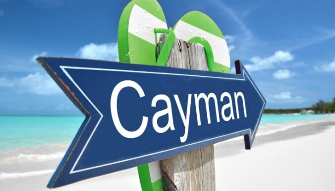 ES no 'nodokļu paradīžu' saraksta svītro Kaimanu salas