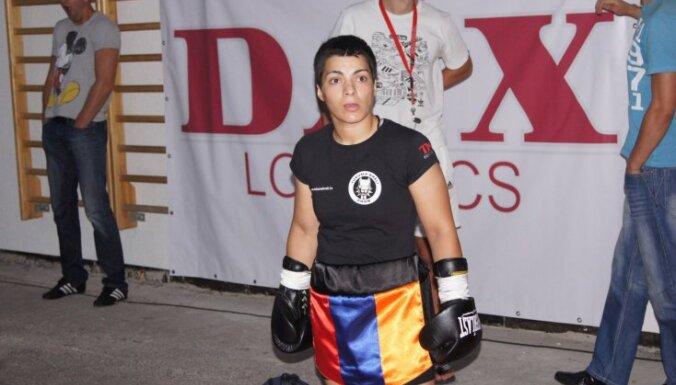 Latvijas boksere Boža cīnīsies ar vīrieti