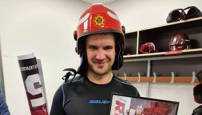 Спасибо, Криш! Хоккеист Кришьянис Редлих завершил карьеру перед чемпионатом мира в Риге