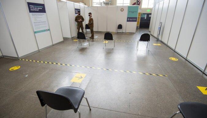 Foto: Rīgas Centrāltirgū atklāj masu vakcinēšanas centru