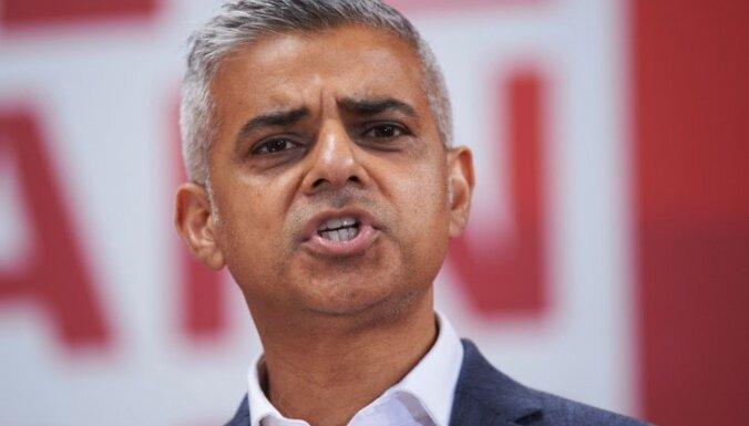 Tramps ir nodevis īpašās attiecības ar Lielbritāniju, kritizē Londonas mērs