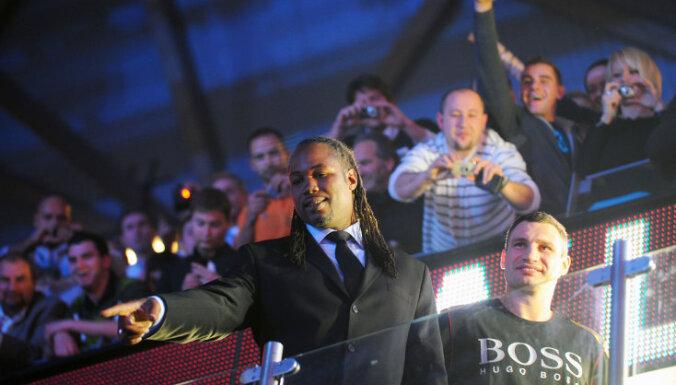 Кличко и Льюис встретятся в ринге спустя 15 лет