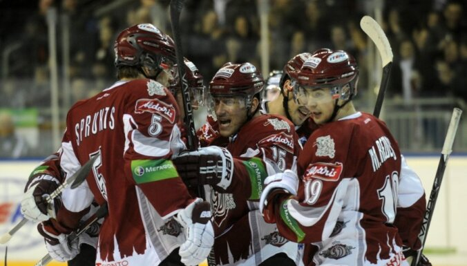 Miķelis Rēdlihs KHL regulāro čempionātu noslēdz kā septītais labākais rezultatīvo piespēļu autors