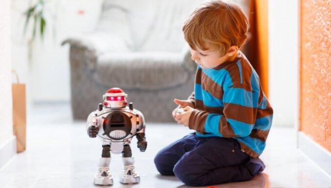 Jautājums un atbilde: bērns nespēj šķirties no vecām lietām – rotaļlietām un apģērba