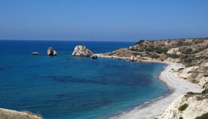 Grieķija varētu iznomāt 40 neapdzīvotas salas
