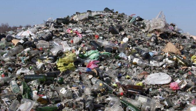 """""""Мусорные войны"""": правительство объявило в Риге чрезвычайную ситуацию"""
