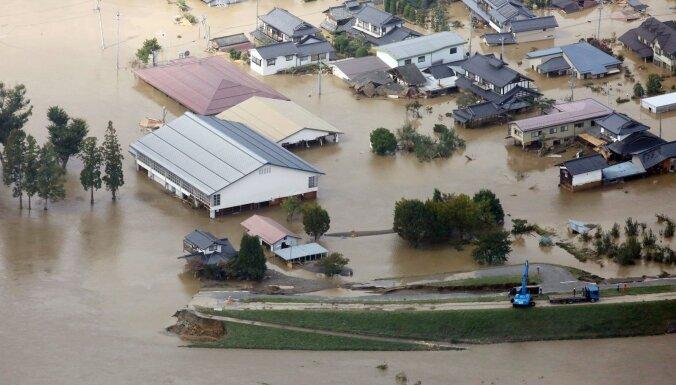 Pēdējos gados spēcīgākais taifūns 'Hagibis' Japānā prasījis 19 cilvēku dzīvības