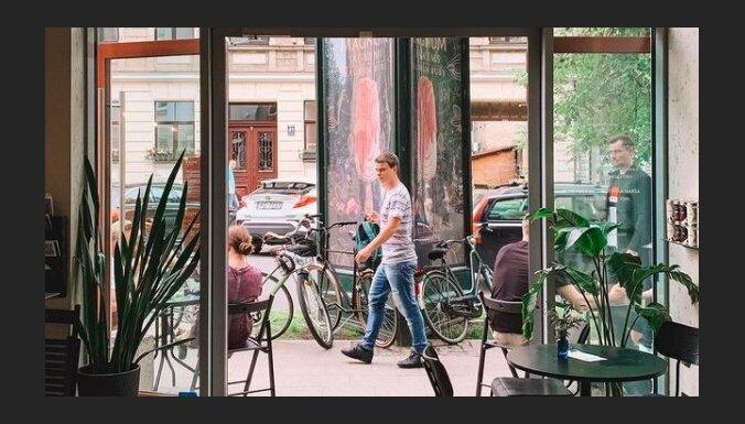 Investējot 50 tūkstošus eiro, Rīgā atvērta jauna kafejnīca