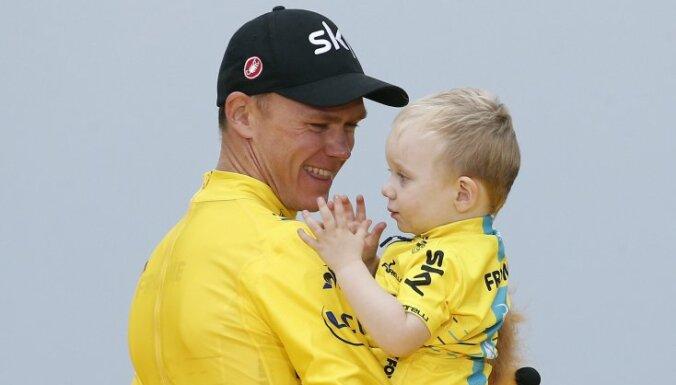 """Британец Фрум выиграл """"Тур де Франс"""" в четвертый раз за пять лет"""