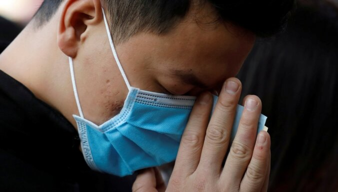 Пекин закрыт на карантин, власти пытаются предотвратить вторую волну Covid-19