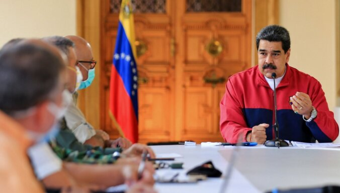 Maduro rosina Krievijas Covid-19 vakcīnu dot Venecuēlas parlamenta deputātu kandidātiem