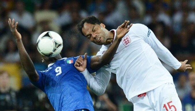Италия с англией футбол сегодня