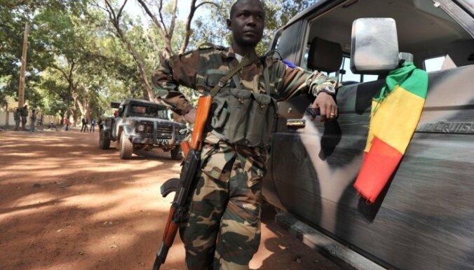 Francija: Mali konfliktā vairāk jāiesaistās arī Āfrikas valstu armijām