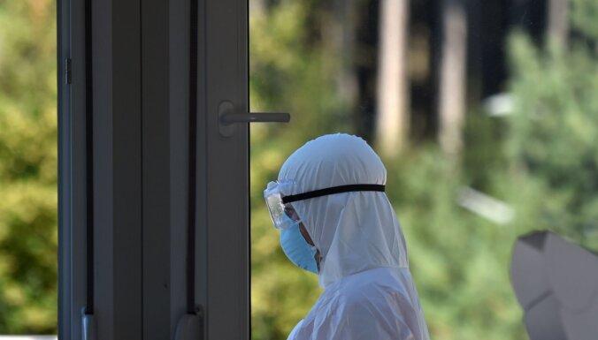 В Лиепае Covid-19 заболел жилец социального дома, введен карантин