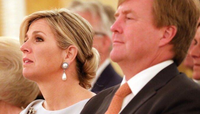 Королева Нидерландов отменила визит в Латвию из-за похорон сестры