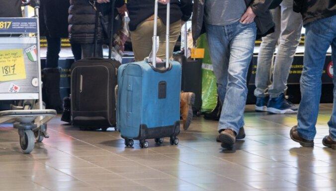 """В аэропорту """"Рига"""" задержаны объявленные в розыск граждане Латвии и Литвы"""