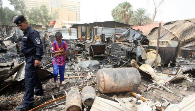 Desmit nogalināti sprādzienos Bagdādē