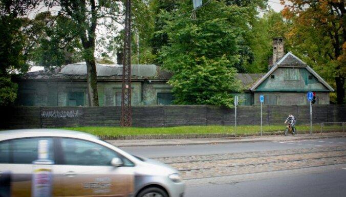Rīgas dome izsolē mēģinās pārdot Hāmaņa muižu