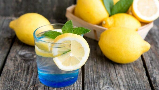 Почему нужно добавлять лимонный сок в стиральную машину