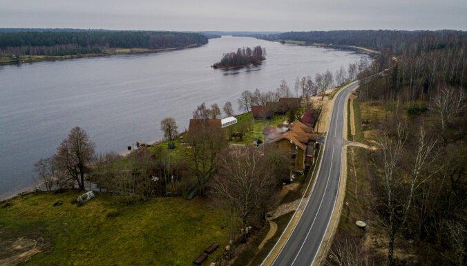 Kritusies satiksmes intensitāte; virzienā uz Lietuvas robežu pat par 87%