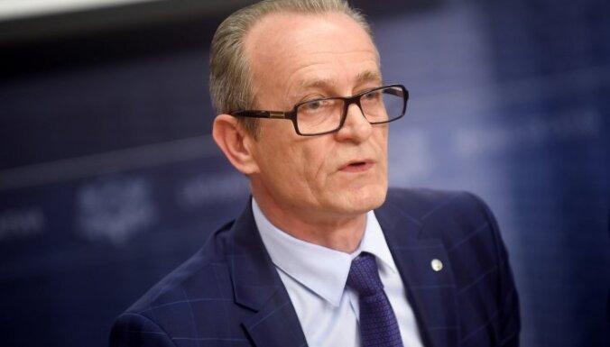 Министр юстиции Расначс перевозил мебель на служебном авто: премьер требует публичных извинений