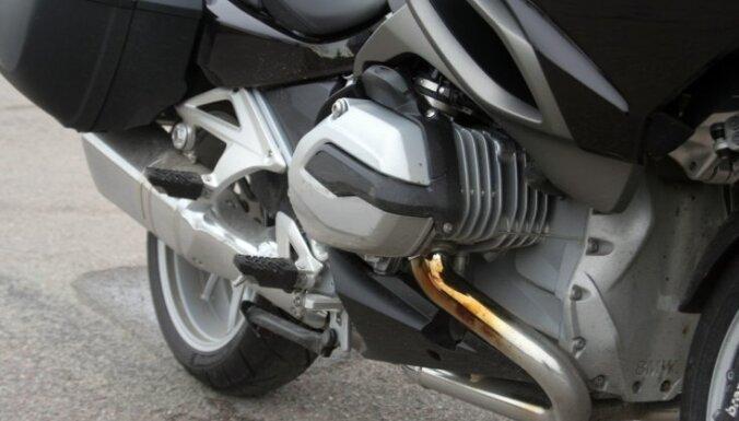 Komforta ceļotājs ar traktora rūkoņu – BMW 'R 1200 RT'