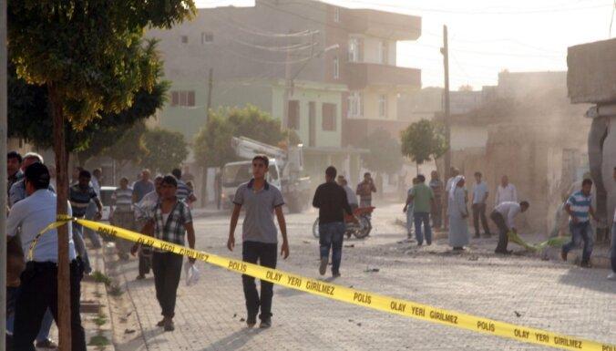Turcija atsāk Sīrijas apšaudi; nogalināti vairāki Sīrijas karavīri
