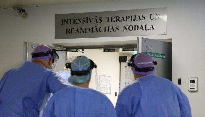 Trešdien stacionāros ievietoti 144 Covid-19 pacienti; kopā ārstējas 954