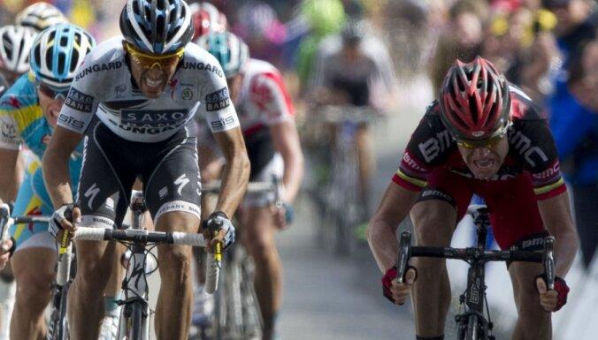 Kavendišam piektā uzvara 'Tour de France' posmos; kopvērtējumā triumfē Evanss