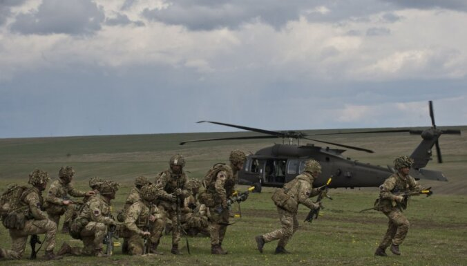 Минобороны подтвердило: британские военнослужащие прибудут в страны Балтии