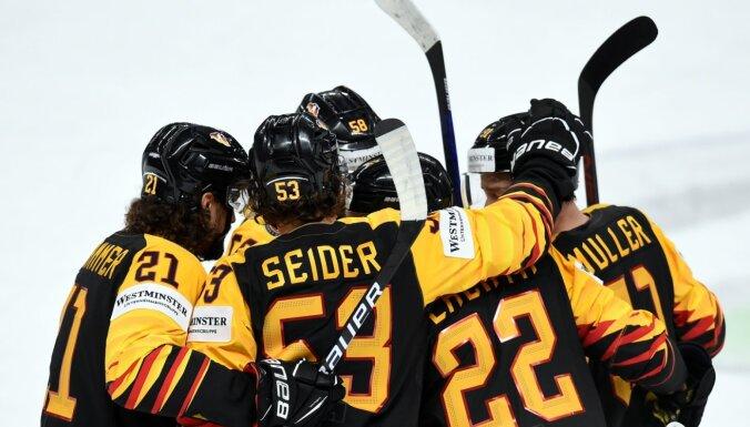 Vācijas hokejisti gūst otro pārliecinošo uzvaru divās dienās