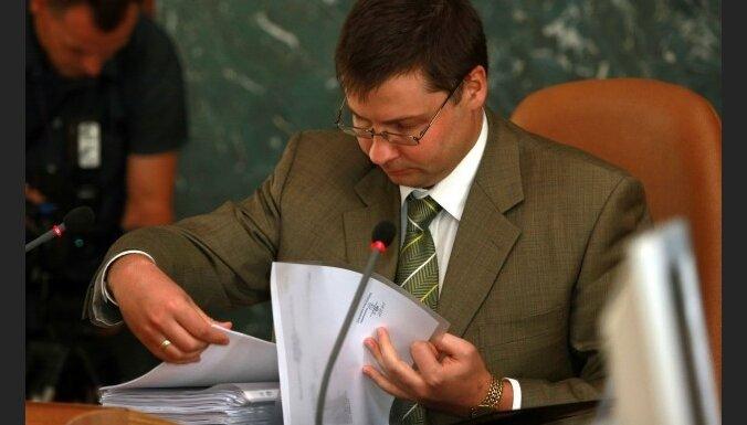 Dombrovskis: finiša taisnē ir divu svarīgu līgumu noslēgšana ar Krieviju
