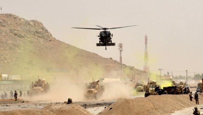 NATO vienojas par karaspēka izvešanu no Afganistānas